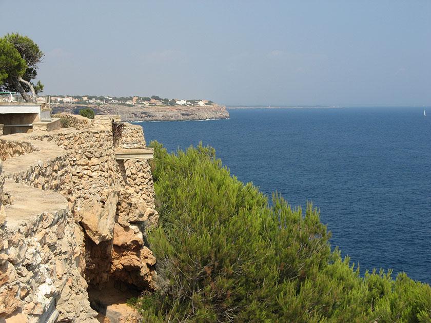 Die Meerseite von Cala Pi: unverbaubarer Blick.