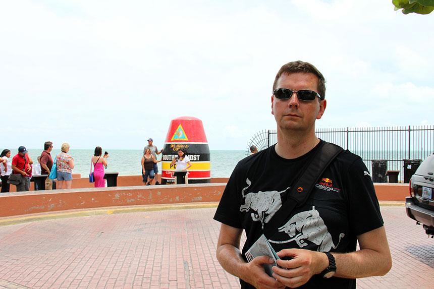 Holger stark beeindruckt von der Touristen-Attraktion auf Key West
