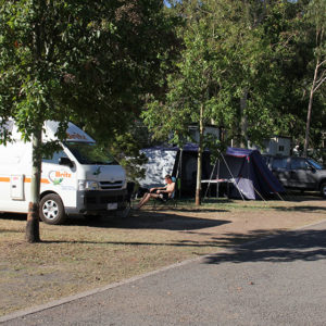Highway Tourist Village & Caravan Park