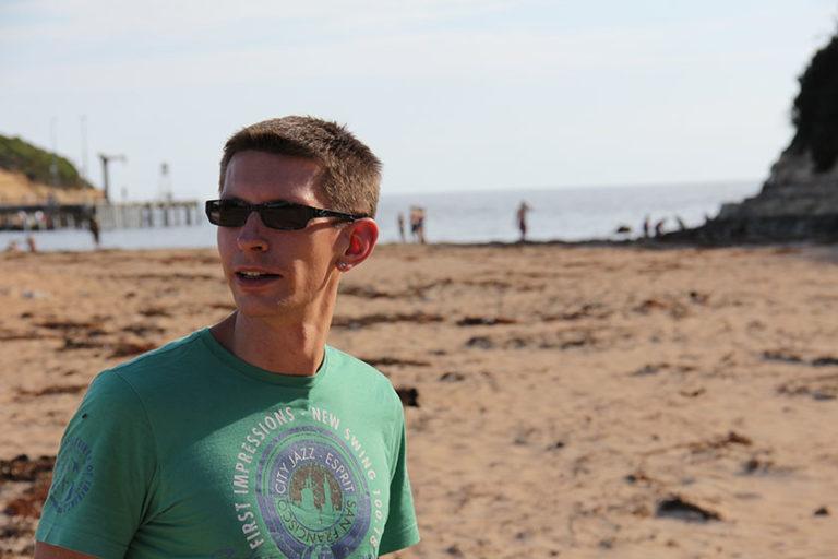 Gunnar am Strand von Port Campbell