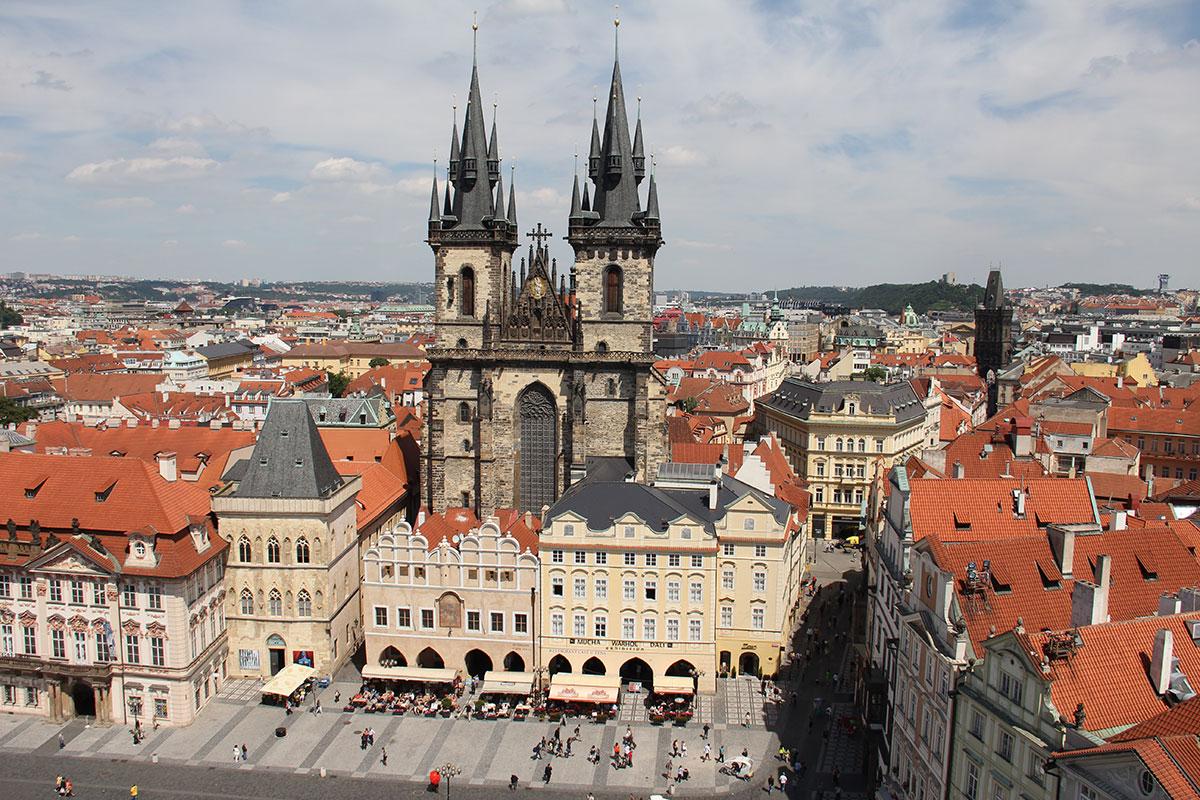 Prag – prächtigen Adelspalais und Kaffeehäuser