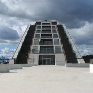 Der Steile Weg zur Aussichtsplattform des Dockland