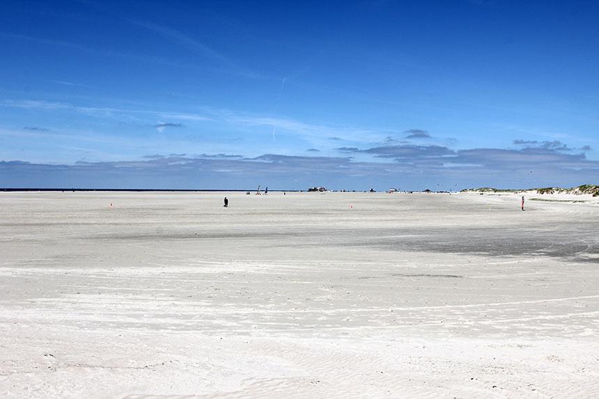 Strand so weit das Auge reicht: Sankt Peter-Ording