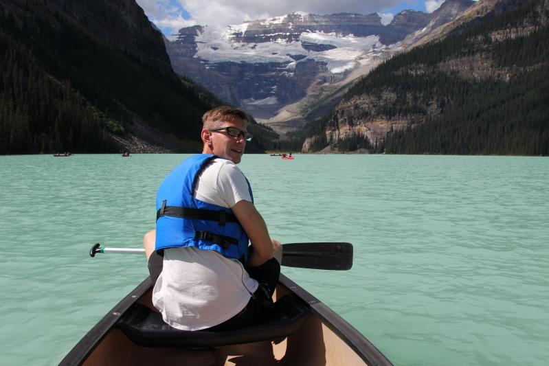 Gunnar beim Paddeln auf dem Lake Louise