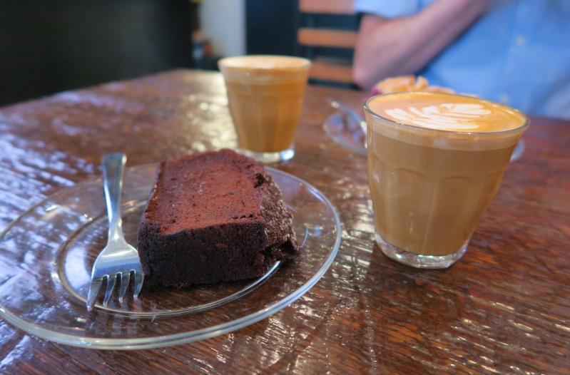 Im Revolver Café