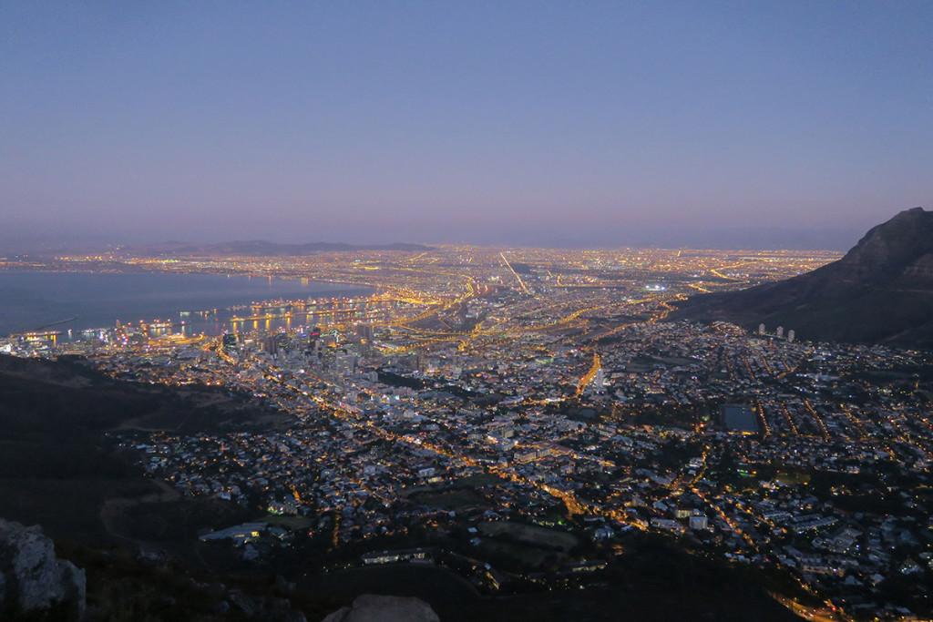 Cape Town in der Dämmerung