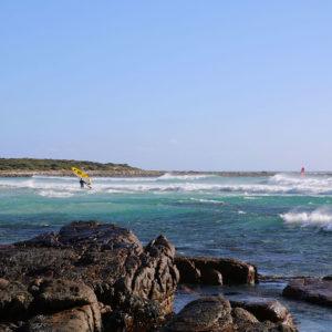 Surfer am Scarborough Beach