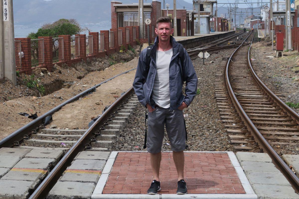 Gunnar am Muizenberger Bahnhof
