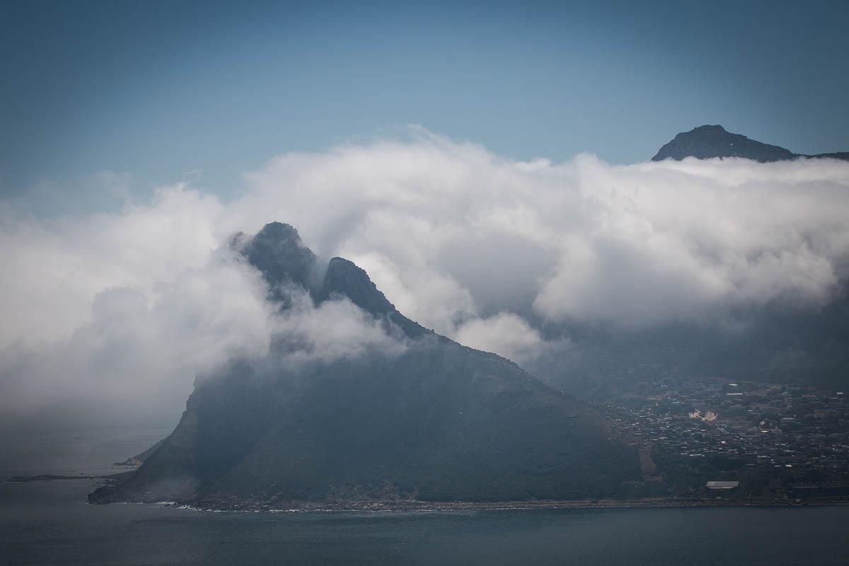 Wolke in der Bucht von Hout Bay