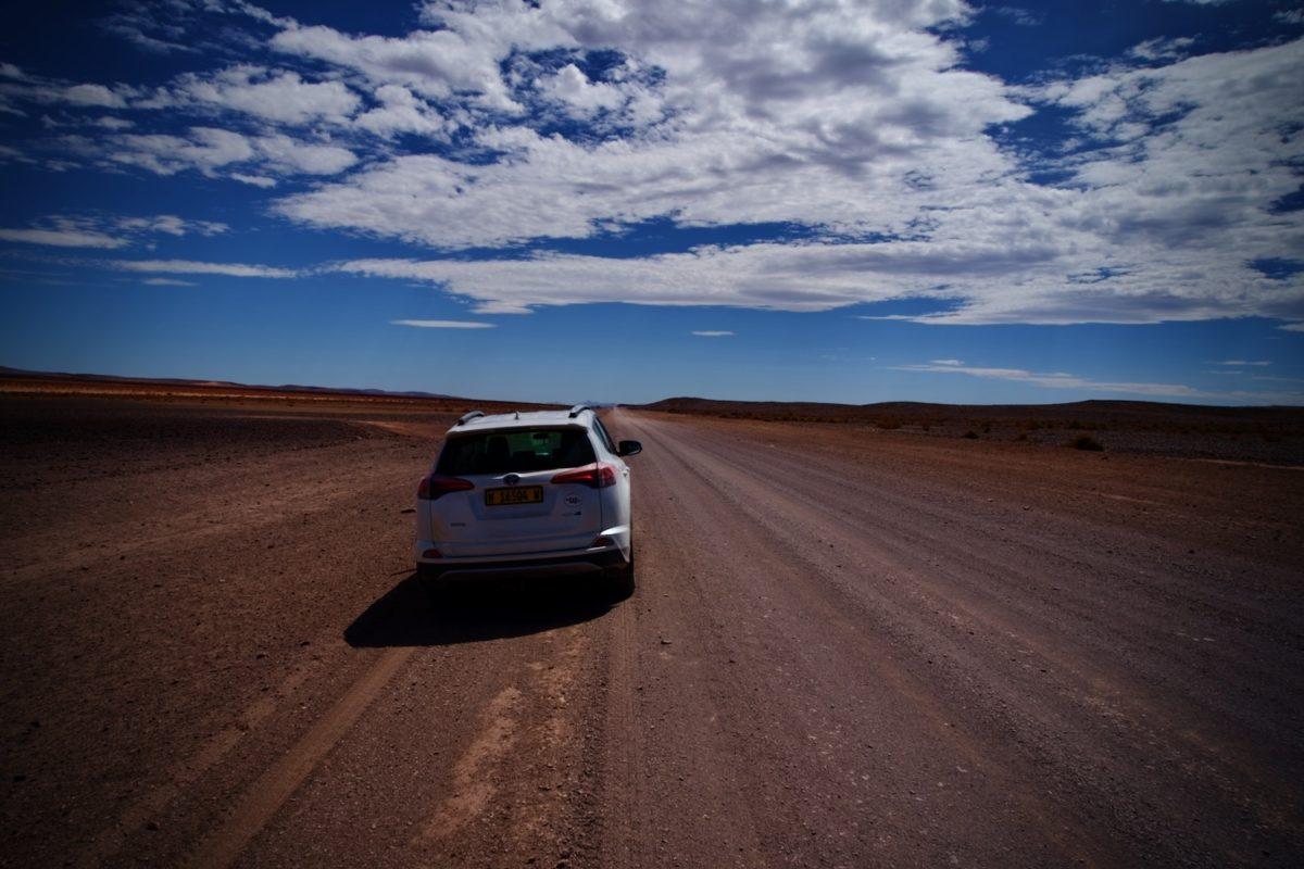 Asphaltierte Straßen sind in Namibia selten