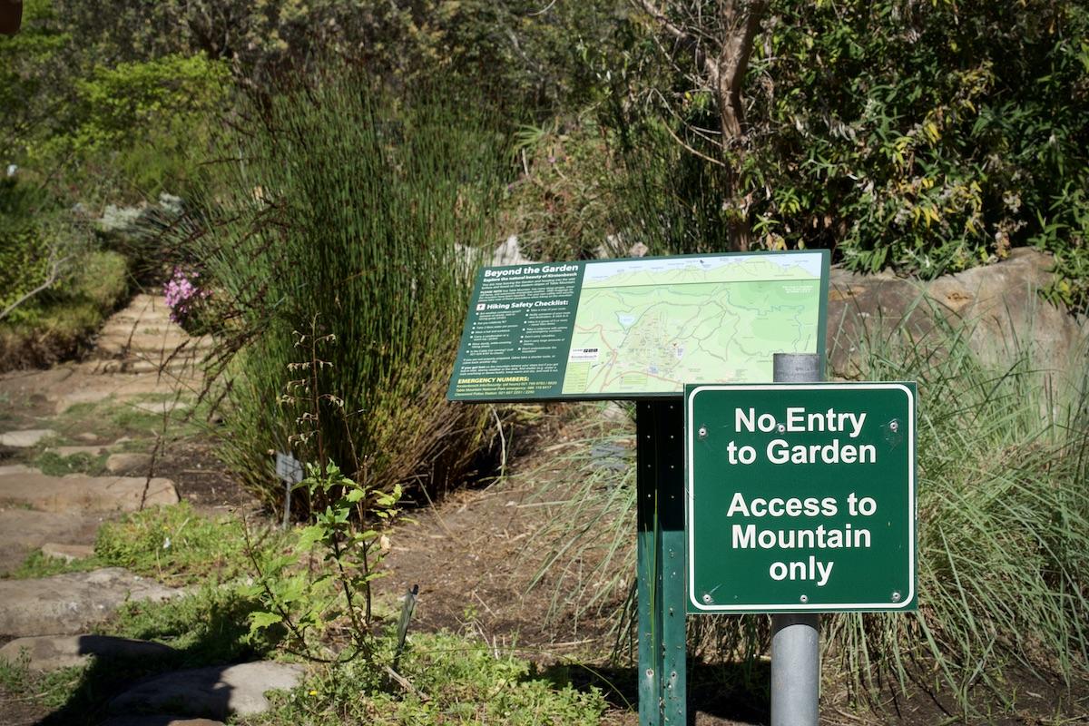 Der Eingang zum Skeleton Gorge Trail