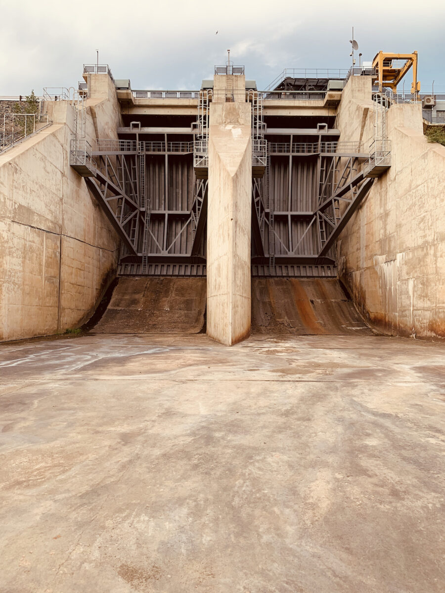 Namibia - Von Bach Dam Staumauer